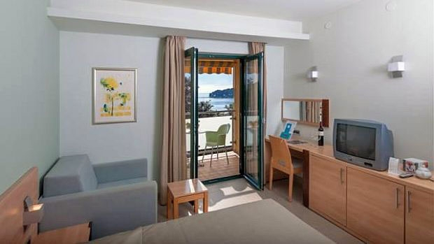 Hotel PETALON
