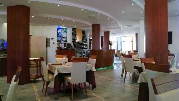Hotel VILLA VILOLA