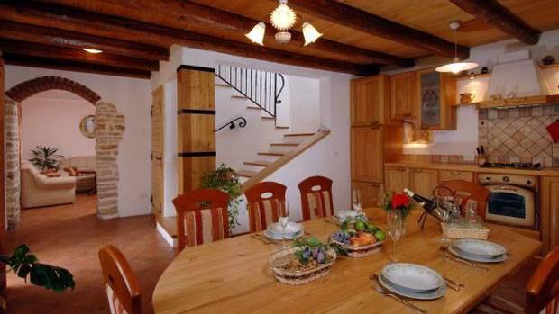 Ruralna Kuća DINA